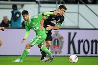 FUSSBALL   1. BUNDESLIGA    SAISON 2012/2013    13. Spieltag   VfL Wolfsburg - SV Werder Bremen                          24.11.2012 Diego (li, VfL Wolfsburg) gegen Sokratis Papastathopoulos (re, SV Werder Bremen)