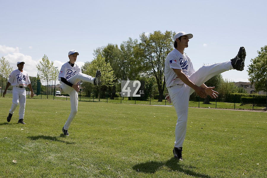 30 April 2008: Players warm up during the first of seven 2008 MLB European Academy Try-out Sessions throughout Europe, at Stade Kandy Nelson Ball Park, in Toulouse, France. Try-out sessions are run by members of the Major League Baseball Scouting Bureau with assistance from MLBI staff.