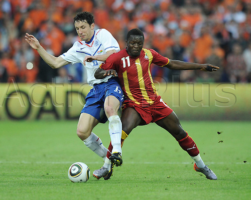01 06 2010  International Friendly in Rotterdam, Netherlands v Ghana June 1st Mark van Bommel left against Sulley Muntari GHA
