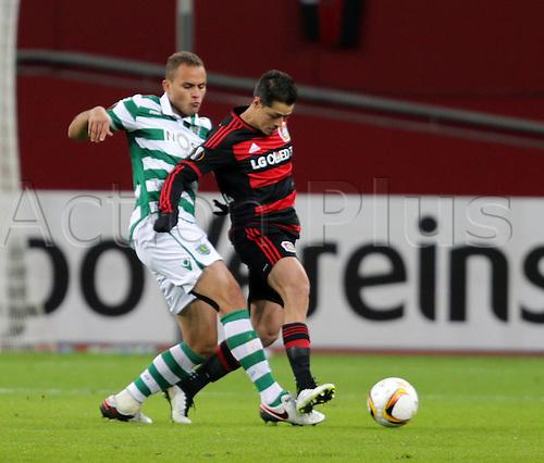 25.02.2016. Leverkusen, Germany. UEFA Europa League football. Bayer Leverkusen versus Sporting Lisbon. Ewerton (Lisbon), Javier Hernandez (Chicharito) (Leverkusen)