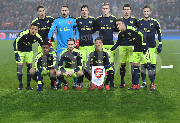 FUSSBALL CHAMPIONS LEAGUE SAISON 2016/2017 GRUPPENPHASE FC Basel - Arsenal London            06.12.2016 Mannschaftsbild Arsenal London