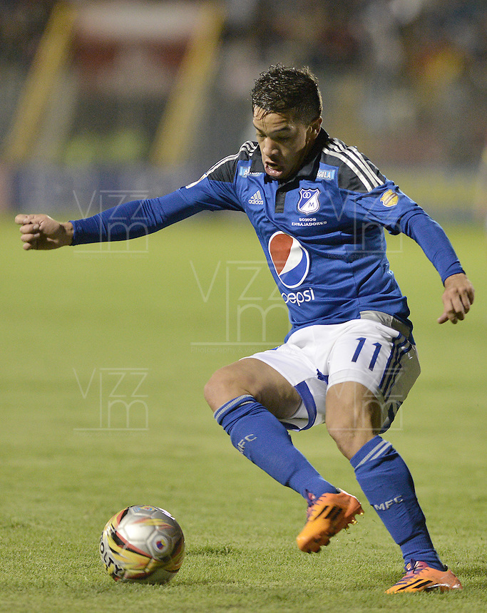 PASTO -COLOMBIA, 12-07-2015: Maximiliano Nuñez jugador de Millonarios en acción durante partido entre Deportivo Pasto y Millonarios por la primera fecha de la Liga Águila II 2015 jugado en el estadio La Libertad de la ciudad de Pasto./ Maximiliano Nuñez player of Millonarios in action during the match between Deportivo Pasto and Millonarios for the first date of the Aguila League II 2015 played at La Libertad stadium in Pasto city. Photo: VizzorImage / Gabriel Aponte / Staff