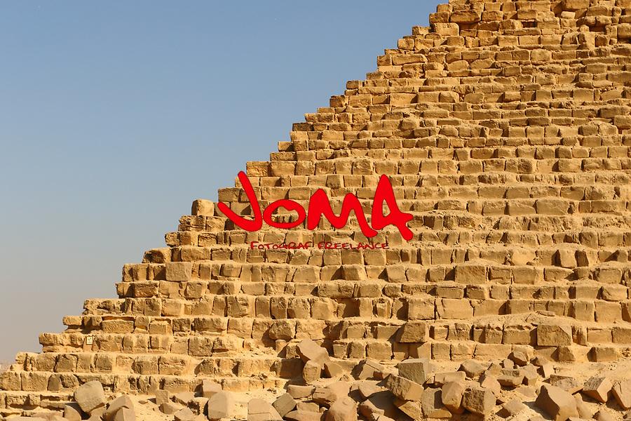Pyramid of Khafre detail