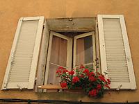 PROVENCE--Windows