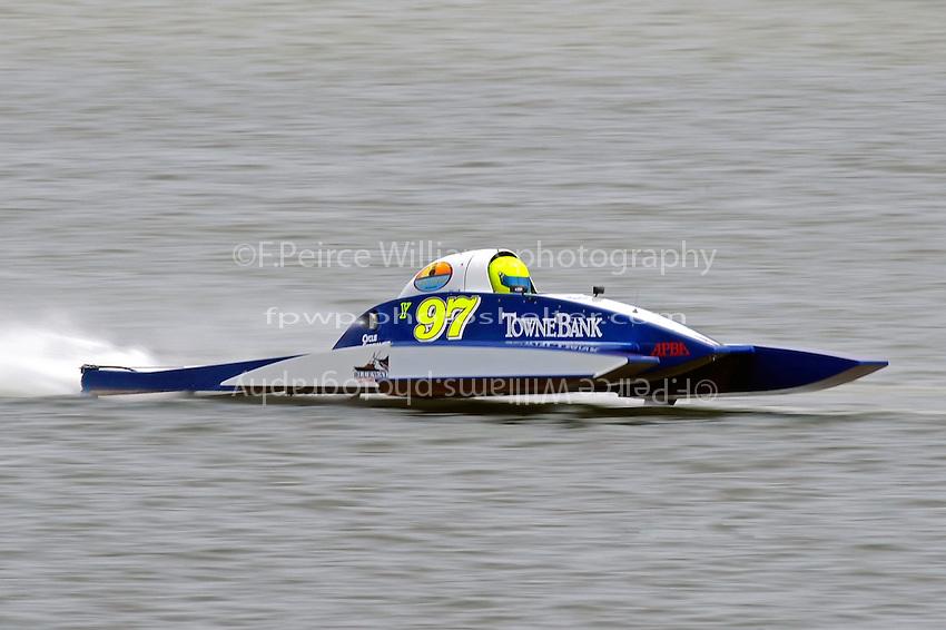 Chris Hall, Y-97  (1 Litre MOD hydroplane(s)