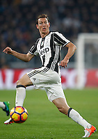 Calcio, Serie A: Juventus Stadium. Torino, Juventus Stadium, 29 ottobre 2016.<br /> Juventus&rsquo; Stephan Lichsteiner in action during the Italian Serie A football match between Juventus and Napoli at Turin's Juventus Stadium, 29 October 2016. Juventus won 2-1.<br /> UPDATE IMAGES PRESS/Isabella Bonotto