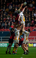Bristol Bears' Christopher Vui and Wasps' James Gaskell compete for a lineout<br /> <br /> Photographer Bob Bradford/CameraSport<br /> <br /> Gallagher Premiership - Bristol Bears v Wasps - Friday 15th February 2019 - Ashton Gate - Bristol<br /> <br /> World Copyright © 2019 CameraSport. All rights reserved. 43 Linden Ave. Countesthorpe. Leicester. England. LE8 5PG - Tel: +44 (0) 116 277 4147 - admin@camerasport.com - www.camerasport.com