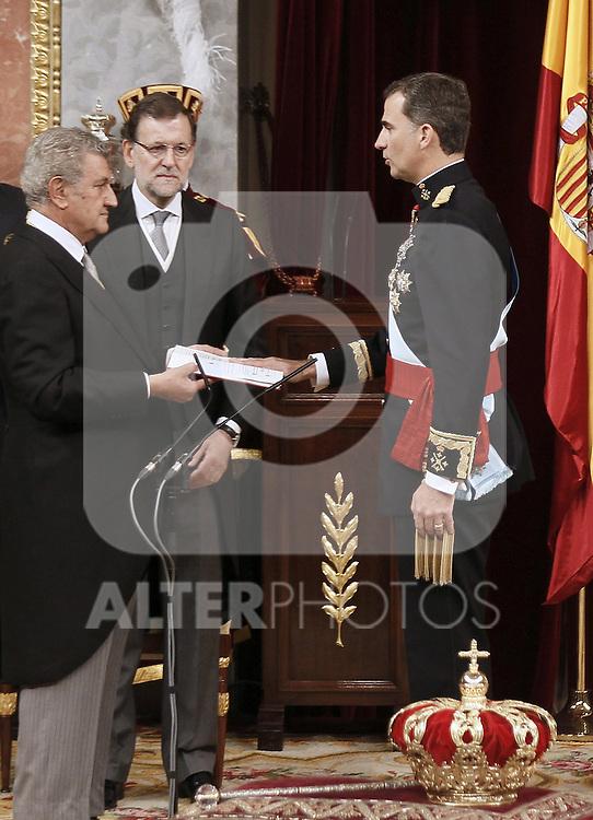 Coronation ceremony in Madrid. King Felipe VI of Spain, Jesus Posada (i) congress president and Mariano Rajoy (2i) Spanish President and  at Congreso de los Diputados. June 19 ,2014. (ALTERPHOTOS/EFE/Pool)