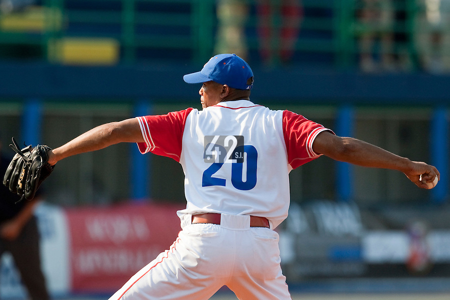 27 September 2009: Norge Vera of Cuba pitches against Team USA during the 2009 Baseball World Cup gold medal game won 10-5 by Team USA over Cuba, in Nettuno, Italy.