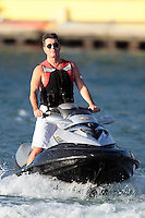 PAP0101376.SIMON COWELL JET SKIING AND BACK TO HIS YACHTPAP01013JP78.Palm Springs Film Festival Awards Gala