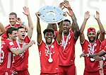 Deutscher Meister 2020, FC Bayern Muenchen v.l. Thomas Mueller, Joshua Kimmich, Kingsley Coman mit Meisterschale, Jerome Boateng, Serge Gnabry<br />Wolfsburg, 27.06.2020: nph00001: , Fussball Bundesliga, VfL Wolfsburg - FC Bayern Muenchen 0:4<br />Foto: Tim Groothuis/Witters/Pool//via nordphoto<br /> DFL REGULATIONS PROHIBIT ANY USE OF PHOTOGRAPHS AS IMAGE SEQUENCES AND OR QUASI VIDEO<br />EDITORIAL USE ONLY<br />NATIONAL AND INTERNATIONAL NEWS AGENCIES OUT