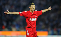 1. Oktober 2011: Berlin, Olympiastadion: Fussball 1. Bundesliga, 8. Spieltag: Hertha BSC - 1. FC Koeln: Koelns Milivoje Novakovic gibt Anweisungen.
