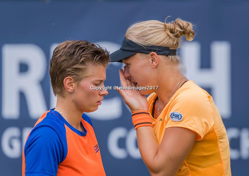 Den Bosch, Netherlands, 17 June, 2017, Tennis, Ricoh Open,  Woman's doubles Final : Kiki Bertens (NED) / Demi Schuurs (NED) (L)<br /> Photo: Henk Koster/tennisimages.com