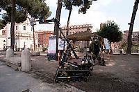 Roma 4  Maggio 2011. Mezzi militariin piazza Venezia per i 150° dell'anniversario della costituzione dell'Esercito Italiano..Veicolo cingolato  Wheel Barrow MK8 Plus II  progettato per investigare/intervenire in ambienti sospetti.