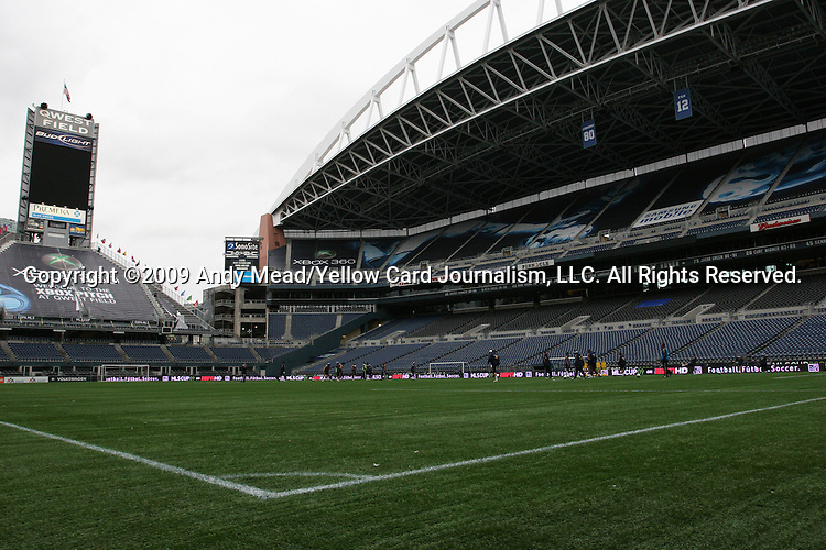 20 November 2009:  The Los Angeles Galaxy held a training session and press conference at Qwest Field in Seattle, Washington in preparation for playing Real Salt Lake in Major League Soccer's championship game, MLS Cup 2009, two days later.