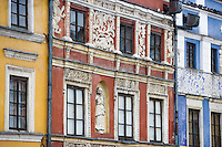 Europe/Pologne/Zamosc: Détails de facades des maisons de la place du marché -autrefois propriété des Arméniens-Rynek Wielki -architecte Bernardo Morando