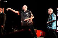 GRONINGEN - Darten, King of Darts, Martiniplaza, 22-01-2019, Raymond van Barneveld en Phil Taylor