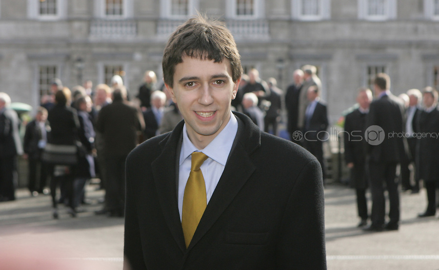 09/03/2011.Fine gael TD Simon Harris.during the 1st day of the 31st Dail.at Leinster House,  Dublin..Photo: Gareth Chaney Collins