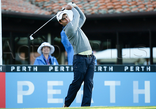 25.02.2016. Perth, Australia. ISPS HANDA Perth International Golf. Edoardo Molinari (ITA) hits his first shot for the tournament on tee 1 day 1.