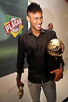 ATENÇÃO EDITOR: FOTO EMBARGADA PARA VEÍCULOS INTERNACIONAIS SÃO PAULO,SP,03 DEZEMBRO 2012 - BOLA DE PRATA 2012 - Neymar do Santos  durante a 43ª edição da Bola de Prata, premiação mais tradicional do futebol brasileiro.FOTO ALE VIANNA - BRAZIL PHOTO PRESS.