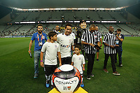 SÃO PAULO, SP, 11.02.2017 - CORINTHIANS-SANTO ANDRE - Jadson é apresentado para a torcida do Corinthians antes da partida contra o Santo Andre pela 2ª rodada do Campeonato Paulista 2017, na Arena Corinthiansi, na noite desta sábado, 11. (Foto: Adriana Spaca/Brazil Photo Press)