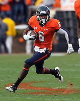 CHARLOTTESVILLE, VA- NOVEMBER 12: Wide receiver Darius Jennings #6 of the Virginia Cavaliers runs with the ball during the game against the Virginia Cavaliers on November 28, 2011 at Scott Stadium in Charlottesville, Virginia. Virginia Tech defeated Virginia 38-0. (Photo by Andrew Shurtleff/Getty Images) *** Local Caption *** Darius Jennings