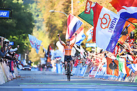Picture by Simon Wilkinson/SWpix.com - 29/09/2018 - Cycling 2018 Road Cycling World Championships Innsbruck-Tirol, Austria - Women's Elite Road Race - Anna van der Breggen of The Netherlands celebrates as she crosses the line.