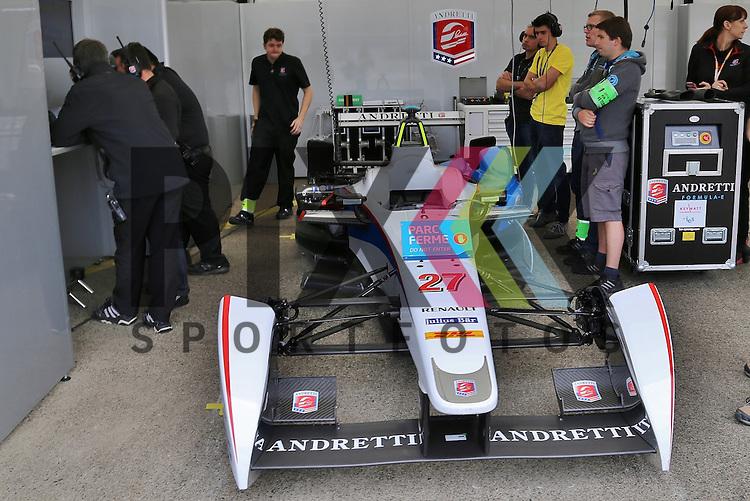 Berlin, 23.05.2015, Motorsport, FIA Formel E Championship, Formel E DHL Berlin ePrix, 8. Rennen : Box vom Team Andretti Formula E<br /> <br /> Foto &copy; P-I-X.org *** Foto ist honorarpflichtig! *** Auf Anfrage in hoeherer Qualitaet/Aufloesung. Belegexemplar erbeten. Veroeffentlichung ausschliesslich fuer journalistisch-publizistische Zwecke. For editorial use only.