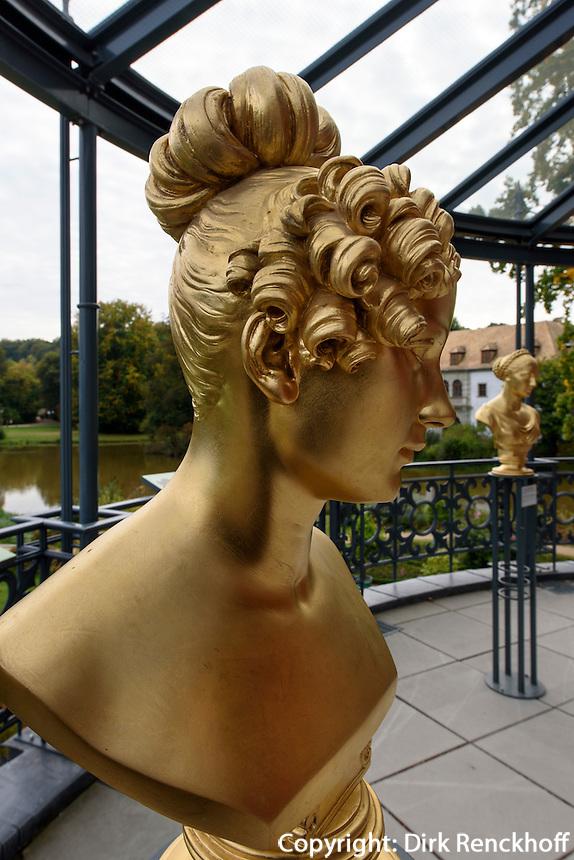 B&uuml;ste Henriette Sontag, verh. Gr&auml;fin Rossi, 1806-1854, Neues Schloss im F&uuml;rst P&uuml;ckler Park, Bad Muskau, Sachsen, Deutschland, Europa, UNESCO-Weltkulturerbe<br /> Bust of Henriette Sontag, mar. countessRossi, New Palace in F&uuml;rst P&uuml;ckler Park, Bad Muskau, Saxony, Germany, Europe, UNESCO-World Heritage