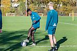 07.11.2018, Trainingsgelaende, Bremen, GER, RL Nord, Training Werder Bremen II<br /> <br /> im Bild<br /> Emmanuel Iwe am Ball, Zinedine Kroeten, <br /> <br /> Foto &copy; nordphoto / Ewert