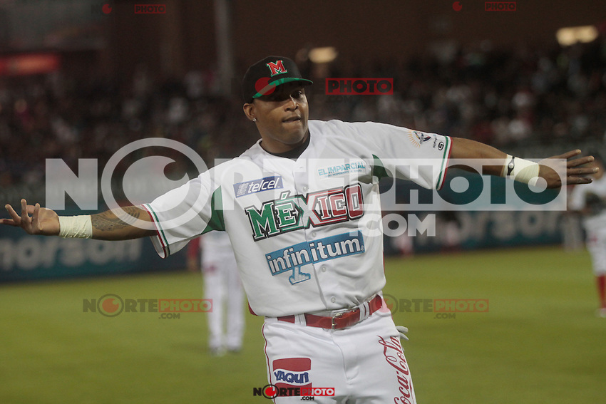 Marlon Byrd .durante  la Serie del Caribe 2013  de Beisbol,  Mexico  vs Puerto Rico,  en el estadio Sonora el 1 de febrero de 2013 en Hermosillo.....©(foto:Baldemar de los Llanos/NortePhoto)........During the game of the Caribbean series of Baseball 2013 between Mexico  vs Puerto Rico. .©(foto:Baldemar de los Llanos/NortePhoto)..http://mlb.mlb.com/mlb/events/winterleagues/league.jsp?league=cse