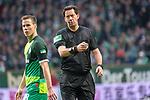 10.02.2019, Weser Stadion, Bremen, GER, 1.FBL, Werder Bremen vs FC Augsburg, <br /> <br /> DFL REGULATIONS PROHIBIT ANY USE OF PHOTOGRAPHS AS IMAGE SEQUENCES AND/OR QUASI-VIDEO.<br /> <br />  im Bild<br /> e ( Schiedsrichter / Referee) - betritt beim Werder Spiel sein 250.Bundesligaspiel<br /> Einzelaktion, Halbk&ouml;rper / Halbkoerper,<br /> Niklas Moisander (Werder Bremen #18)<br /> <br /> <br /> Foto &copy; nordphoto / Kokenge