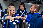 AMSTELVEEN  -  assistent coach Marieke Dijkstra (Pinoke) met coach Jesse Mahieu (Pinoke)  Hoofdklasse hockey dames ,competitie, heren, Amsterdam-Pinoke (3-2)  . COPYRIGHT KOEN SUYK