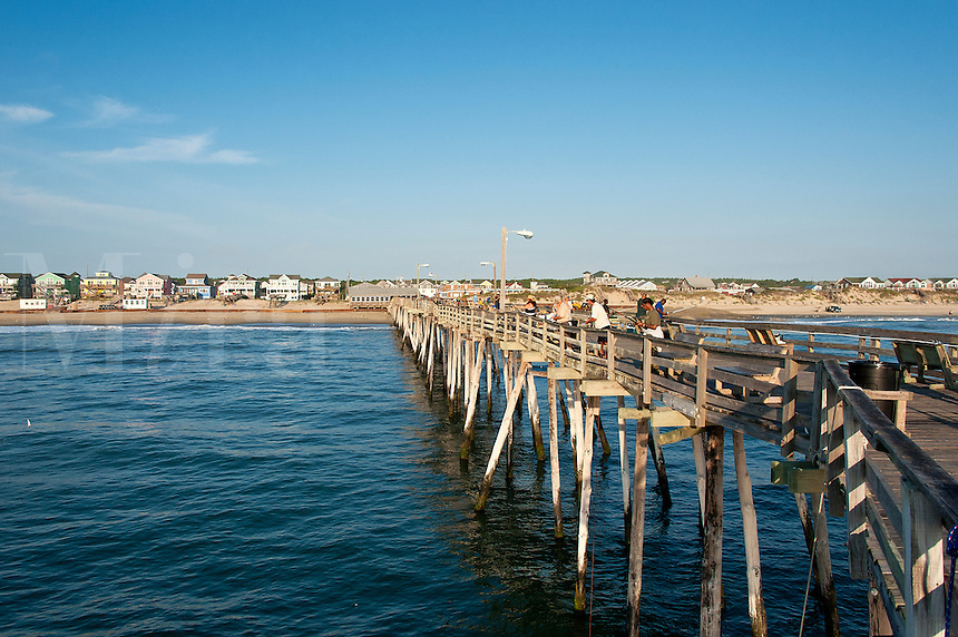Fishing pier, Naggs Head, Outer Banks, North Carolina, USA