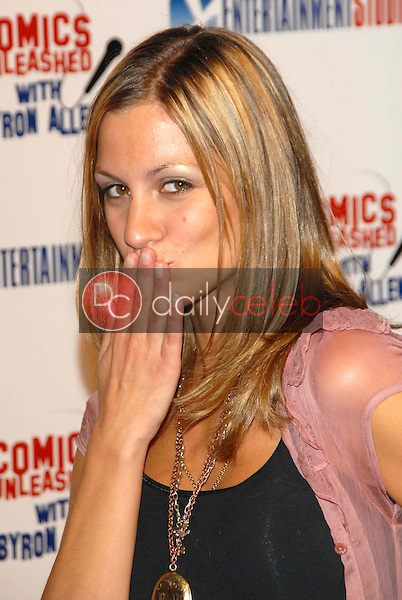 Jennifer Cambra<br />at the television premiere party for the show &quot;Comics Unleashed&quot;. Sunset Gower Studios Stage 9, Hollywood, CA. 09-25-06<br />Dave Edwards/DailyCeleb.com 818-249-4998
