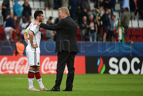 27.06.2015. Andruv Stadium, Olomouc, Czech Republic. U21 European championships, semi-final. Portugal versus Germany.  Kevin Volland (Germany), Trainer Horst Hrubesch (Germany)