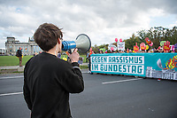 2017/10/22 Berlin | Politik | Demonstration gegen AfD im Bundestag