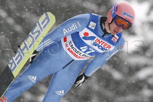 17 12 2010   FIS World Cup Ski jumping Engelberg Switzerland Qualification Michael Neumayer ger