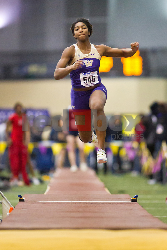 Shaniae Lakes..---Washington track and field athletes compete in the MPSF Championships at University of Washington's Dempsey Indoor in Seattle on Saturday, February 25, 2012. (Photo by Dan DeLong/Red Box Pictures)