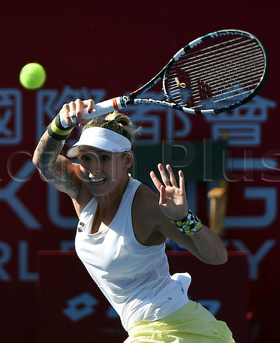 13.10.2016. Hong Kong, China.  Bethanie Mattek-Sands of the United States returns the ball during for womens  singles second round match against Caroline Garcia of France at the WTA Tennis Damen Hong Kong Open tennis tournament in Hong Kong, south China, Oct. 13, 2016. Mattek-Sands won 2-1.