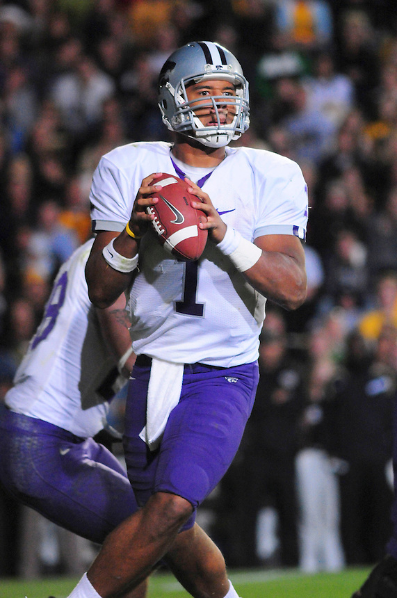 18 October 08: Kansas State quarterback Josh Freeman looks for an open receiver against Colorado. The Colorado Buffaloes defeated the Kansas State Wildcats 14-13 at Folsom Field in Boulder, Colorado.