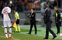 Calcio, Serie A: Roma vs Milan. Roma, stadio Olimpico, 25 aprile 2014.<br /> AC Milan forward Mario Balotell, left,i listens to coach Clarence Seedorf, of the Netherlands, during the Italian Serie A football match between AS Roma and AC Milan at Rome's Olympic stadium, 25 April 2014.<br /> UPDATE IMAGES PRESS/Riccardo De Luca