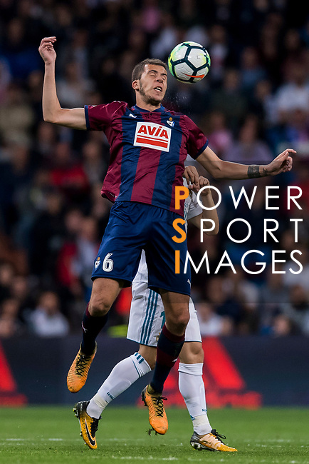 Cristian Rivera Hernandez of SD Eibar heads the ball during the La Liga 2017-18 match between Real Madrid and SD Eibar at Estadio Santiago Bernabeu on 22 October 2017 in Madrid, Spain. Photo by Diego Gonzalez / Power Sport Images
