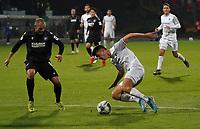 Mathias Honsak (SV Darmstadt 98) bleibt im Rasen hängen - 29.10.2019: SV Darmstadt 98 vs. Karlsruher SC, Stadion am Boellenfalltor, 2. Runde DFB-Pokal<br /> DISCLAIMER: <br /> DFL regulations prohibit any use of photographs as image sequences and/or quasi-video.