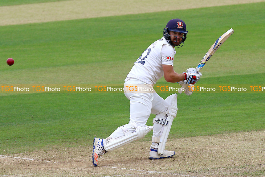 Jaik Mickleburgh in batting action for Essex during Essex CCC vs Kent CCC, Specsavers County Championship Division 2 Cricket at the Essex County Ground on 4th July 2016