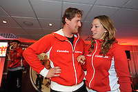 SCHAATSEN: HEERENVEEN: IJsstadion Thialf, 31-10-2012, Perspresentatie Team Corendon, Peter Kolder (trainer/coach), Roxanne van Hemert, ©foto Martin de Jong