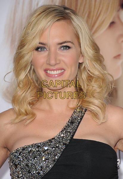 "KATE WINSLET .World Premiere of ""Revolutionary Road"" held at The Mann Village Theatre in Westwood, California, USA. .December 15th, 2008 .headshot portrait black jewel encrusted one shoulder .CAP/DVS.©Debbie VanStory/Capital Pictures."