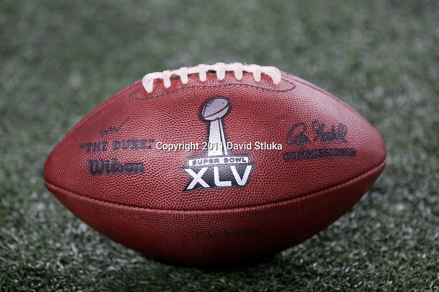 """An official Wilson """"The Duke"""" football sits on the turf during the Pittsburgh Steeler Super Bowl XLV football game against the Green Bay Packers on Sunday, February 6, 2011, in Arlingto, Texaas. The Packers won 31-25. (AP Photo/David Stluka)"""