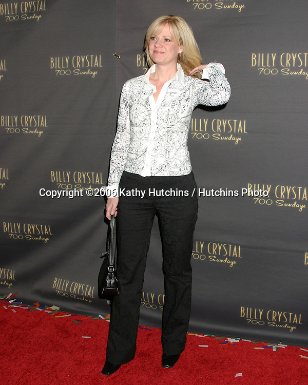 Bonnie Hunt.Wilshire Theater.700 Sundays LA Play Opening.Los Angeles, CA.January 12, 2006.©2006 Kathy Hutchins / Hutchins Photo....
