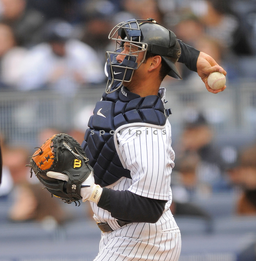 JORGE POSADA, of the New York Yankees , in action  during the Yankees  game against the Chicago Cubs on April 4, 2009 in New York.  The Yankees beat  the Cubs  10-1  in the Bronx, New York.
